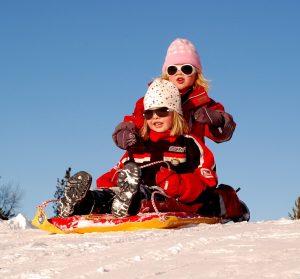 sledding-104689_960_720
